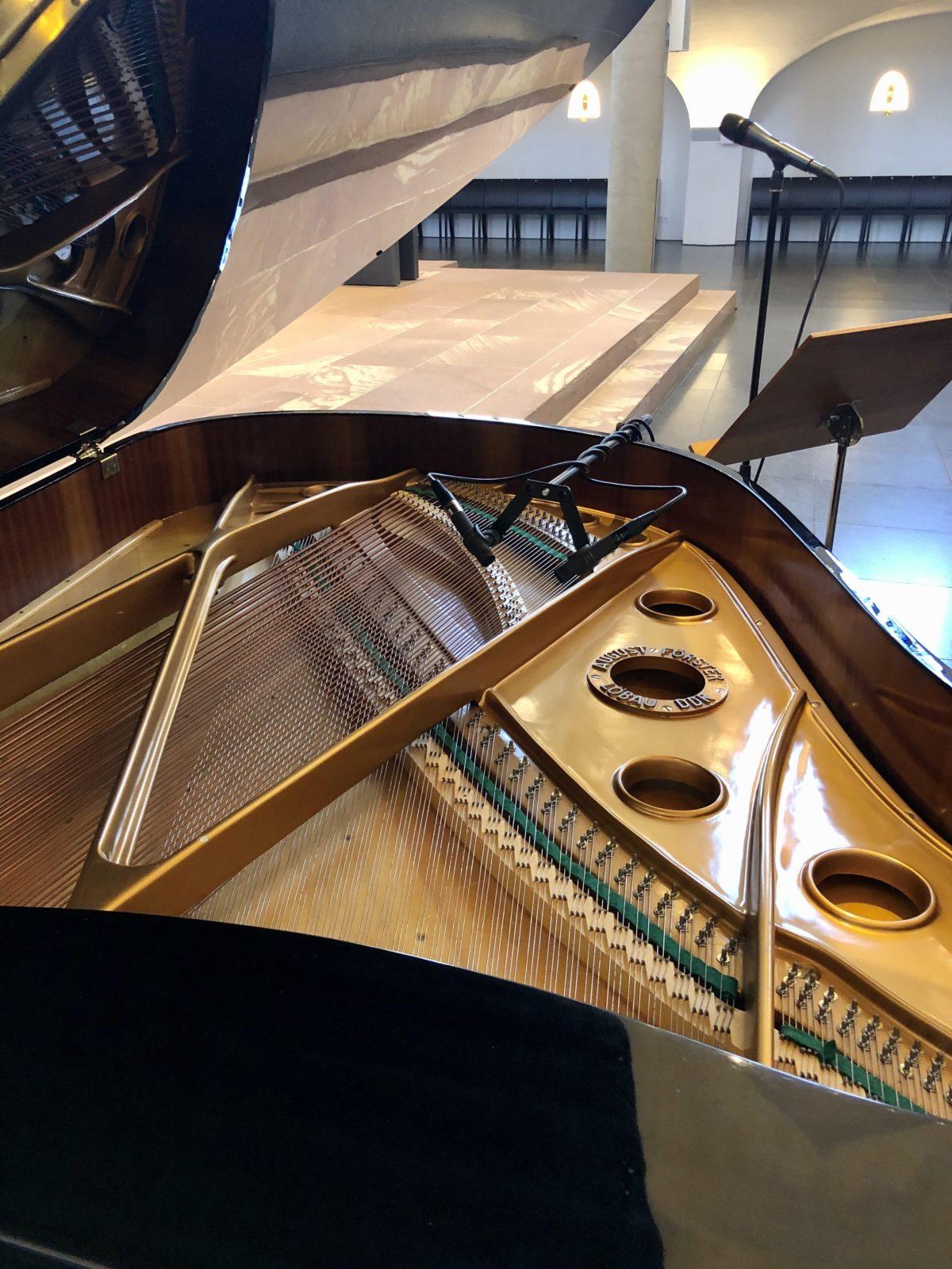 Klavier und Gesang